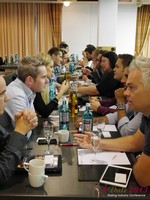 Speed Networking at iDate2013 Koln